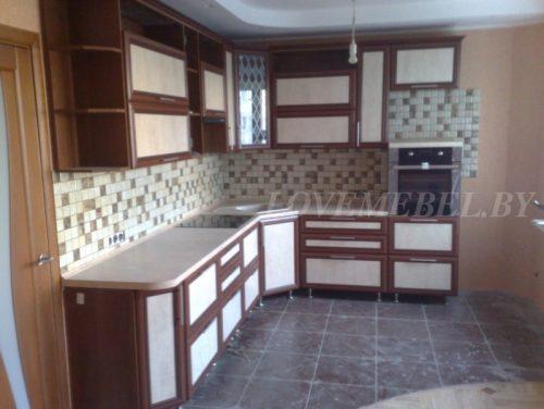 Угловая кухня из рамочного МДФ фото (2)