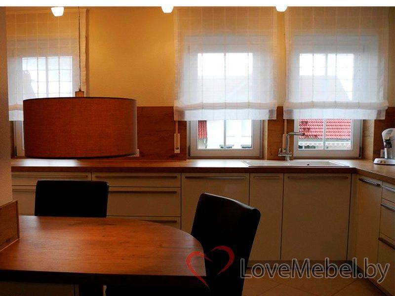 Белая кухня с длинными ручками Тиас (4)
