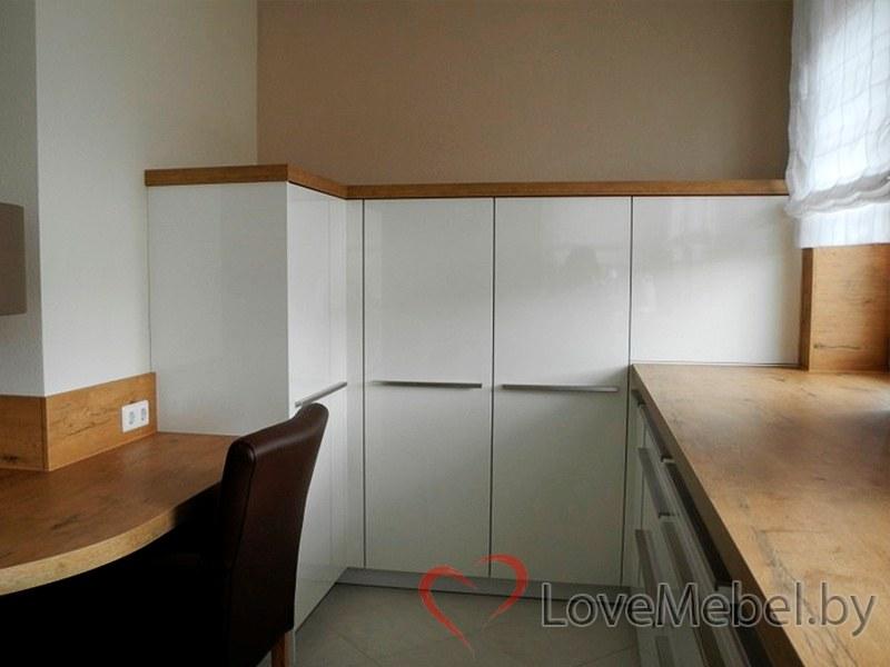 Белая кухня с длинными ручками Тиас (7)