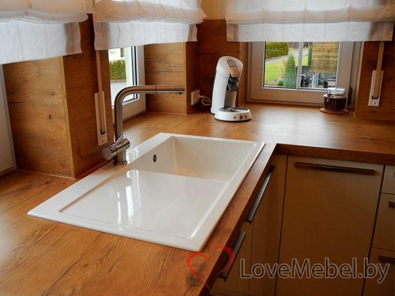 Белая кухня с длинными ручками Тиас (8)