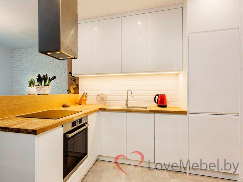 Кухня до потолка из крашенного МДФ Арсеньега (1)