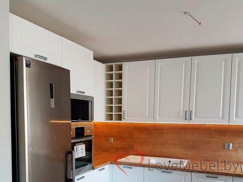 Белая кухня из фрезерованного МДФ Бениса (2)