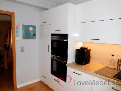 Белая п-образная кухня из пластика Корса (5)
