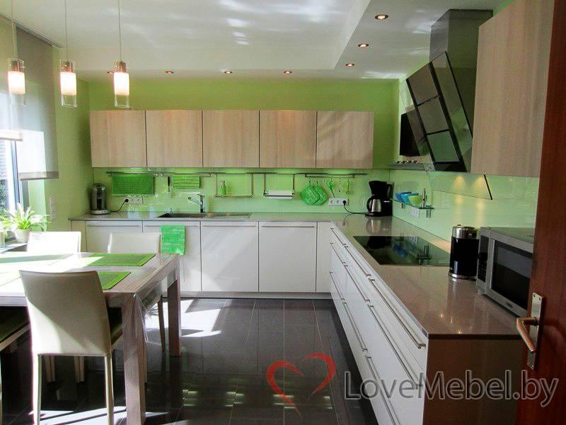 Угловая кухня из пластика Кармонита (1)