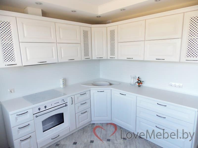 Белая кухня из массива дуба (2)