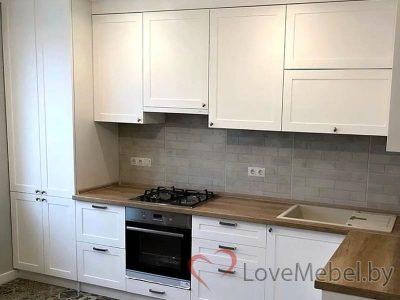 Белая кухня из крашенного фрезерованного МДФ Абанилья